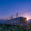 朝日がキラリ:富山地鉄