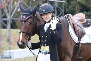 【馬術】櫻坂46キャプテンの菅井友香さんも騎乗~20年東京オリパラ会場でデモ講座実施