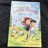多読・洋書絵本『Amelia Bedelia Hits the Trail』