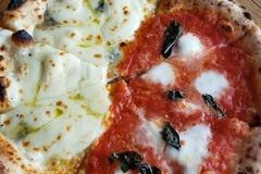 🍕おうち時間のおともに。ピザを食べたくなるエントリー7選🍕
