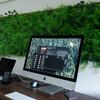 作業部屋の壁に芝生を設置したらリラックス効果が得られた