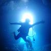 ♪冬の恩納村は透明度抜群で青の洞窟がキ・レ・イ♪〜沖縄ダイビング青の洞窟〜