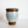 【鶯宿梅と陶器の壺】贈り物に自分にずっと愛用の一品