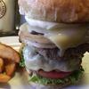 千葉にあるハンバーガー屋さん「パントリーコヨーテ」は、「千葉県ハンバーガーNo,1」のお店!デカすぎて食べるの大変です⁈