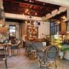 賑やかなマーケットの隣で落ち着いた空間を【Artisan Cafe】ウアライ地区近辺(サタデーマーケット)