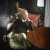 ホンフサアンコウの頭部を持つ人物画