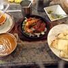 八尾のインド料理店「ビンドゥ本店」でランチ。チーズナンとタンドリーエビに舌鼓