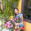 花より団子、花よりチョコレート、花よりワインだと思うのですが・・・1年に1度は薔薇のブーケですね。