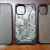 iPhone 12 mini(ケース付き)と 各種Qi充電器の関係