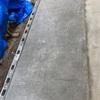 作業部屋作り コンクリート土間を均します