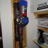 ダイソンコードレスクリーナーをクローゼット内に壁掛けDIY