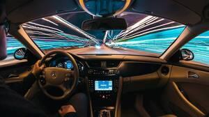 「自動運転」は英語でなんて言う?スタートアップ企業オーロラがトヨタと提携