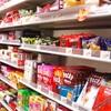 スーパーのレジは,さまざまな生活の縮図。