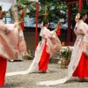笹百合の花を飾る日本最古の祭の一つ【率川神社 三枝祭】(奈良市)