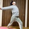 ヨガのコンドルのポーズは体の疲れを吹き飛ばす!:効果とやり方