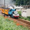 大井川鐵道 蒸気機関車「きかんしゃトーマス号」と「かわね路号」
