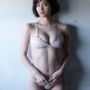 """出口亜梨沙【B88 Fカップ""""巨乳すぎるリポーター""""の水着画像】(5)"""