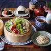 簡単レシピ「温野菜を食べる豆腐と胡麻のソース]