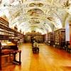 プラハにある「世界で最も美しい図書館 ストラホフ修道院」