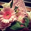 個展への差し入れやお祝いのお花はどんなものがいい?