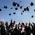 大学図書館Facebookに投稿された卒業お祝いメッセージ