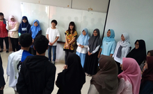 インドネシア全土で使える教科書の開発をめざして