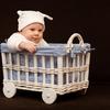「首がすわり、世界がどんどん広がる生後3ヵ月から4ヵ月の赤ちゃんの特徴」