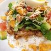 野菜も豆もお肉も一皿で。おうちカフェご飯タコライスの簡単レシピ♡