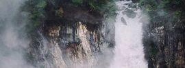 霧に潜む「華厳の滝」の姿【SONYα7Ⅲ × Sonnar T* FE 55mm F1.8 ZA SEL55F18Z 】