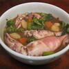 小スルメイカと菜花、ニンジン、ジャガイモの煮物