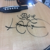 大切な思い出を一生ものに!サイン入りギターを守るために!