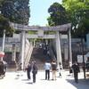 「光の道」の神社と、博多の夜に光る「花自動車」と……