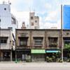 昌平橋通り沿いの看板建築群
