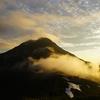 初夏の予感、梅雨明け前の白根三山縦走