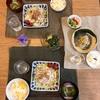 とうもろこしごはん、豚しゃぶサラダ、ブロッコリーとかまぼこの味噌汁、きゅうりの胡麻酢和え