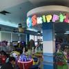今日から遊び場が一部解禁!オンヌット駅付近にあるモール内の遊び場の様子。