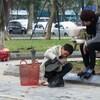 ベトナムの靴磨き職人も色々