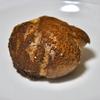 新富町の「パティスリー85(ハコ)」でシュークリーム、バニラチーズケーキ。