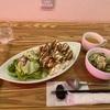 福岡市博多駅筑紫口からテクテク、カレーハウスUhkha(ウカ) でタンドリーチキンセットを食うスパイシーおじさん