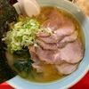 吉村家出身の老舗おーくら家のチャーシューメンと半ライス@東神奈川