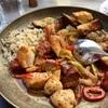 フィラでフェリーチケット発券。街中のレストランでギリシャ料理とジェラートお代わり(世界の猫探し117匹目)