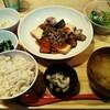 【おぼんdeごはん】お肉ランチ「秋野菜と厚揚げの麻婆定食」