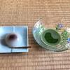 薄茶のお稽古と繊細な茶花