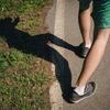 自宅で簡単に行える!O脚になる原因と改善策とは?男性向け