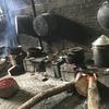 かまどで調理されるレストラン(ジャワ滞在の記録)