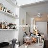 『Post』NYイーストビレッジにある白が基調の可愛いレストラン