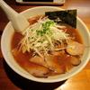 【今週のラーメン1241】 自家製麺 火の鳥73 (東京・高円寺) 醤油らぁめん 〜濃厚な醤油と・・・ライトな味噌の中間のようなコク豊かな醤油スープ