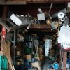 廃墟萌えと懐中電灯フェチがアパートの倉庫に行ってみた。