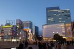 仙台で瑞鳳殿鑑賞、牛タンとずんだ餅を食べ、新きたかみで苫小牧港へ。