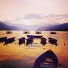 ポカラの町でポカラ湖に浸る